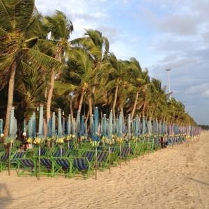 bang saen beach chairs 2