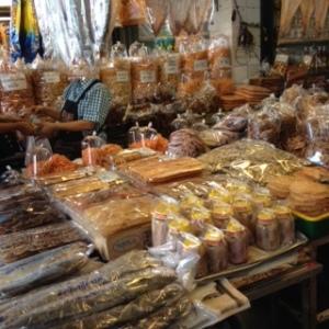Bang Saen Nong Mon market 1