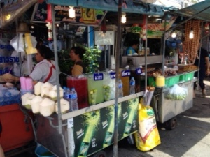 Bang Saen Nong Mon market 10