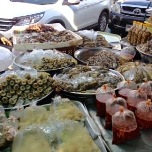 Bang Saen Nong Mon market 6